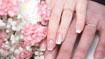 """""""Nail art"""" e mani della sposa"""